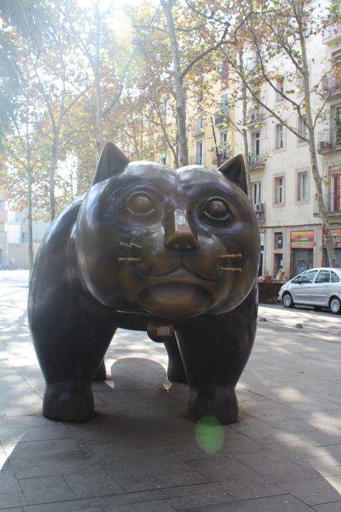 BCN - Part #1 - statue of a cat...