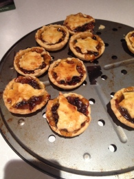 mince pies!! (fave food)
