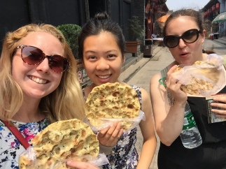 Lisa, Stephanie and I: 石头饼 (Pingyao)